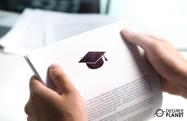 Bachelor's in Computer Science Online Scholarships