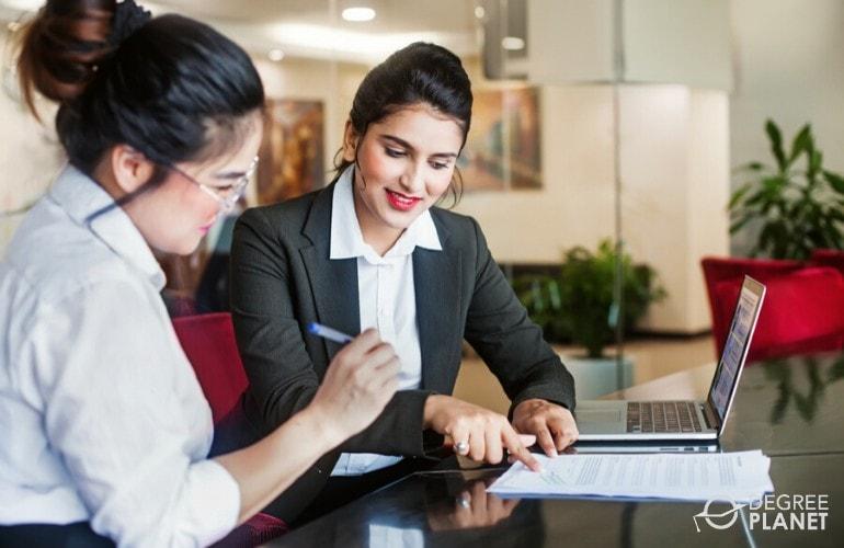 Business Associate's Degree Program