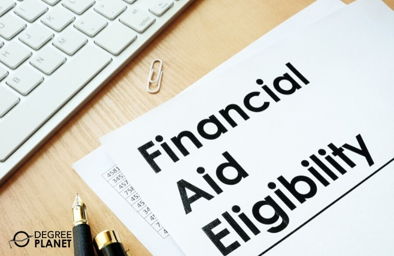 Financial Aid for an Associates in Business Administration