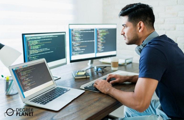 Is an Associates Degree in Web Development Worth It
