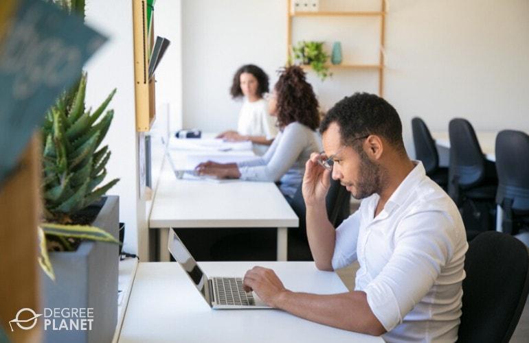computer engineer looking for certifications online