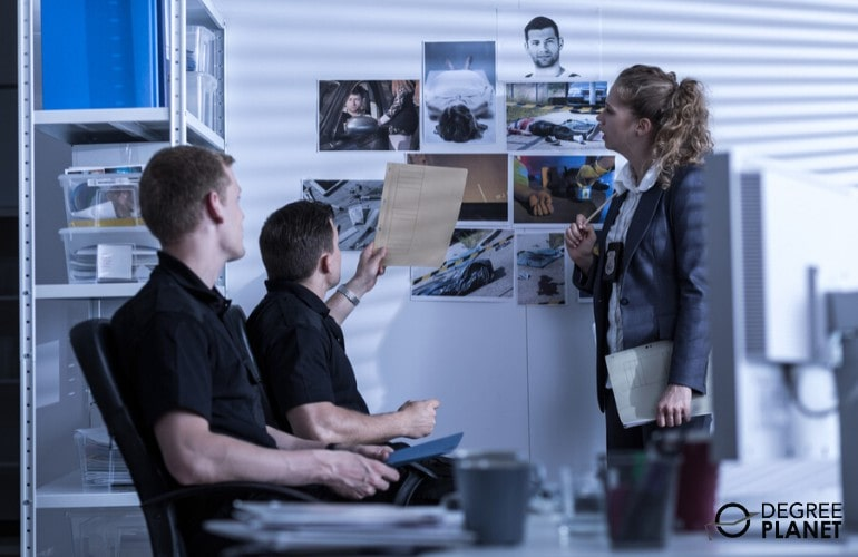 police detectives in a meeting