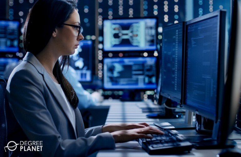 cyber security analyst working in the data center
