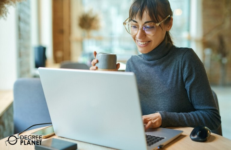 master's degree student studying online