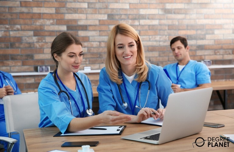 healthcare administration students studying together online