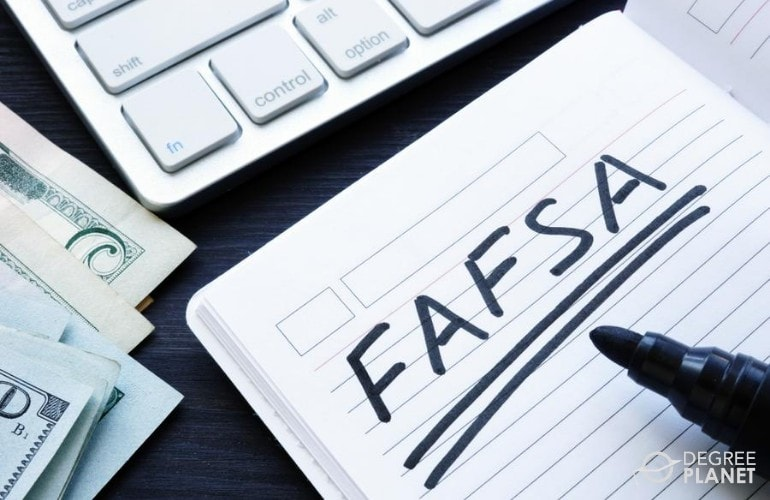 financial aid for business administration students