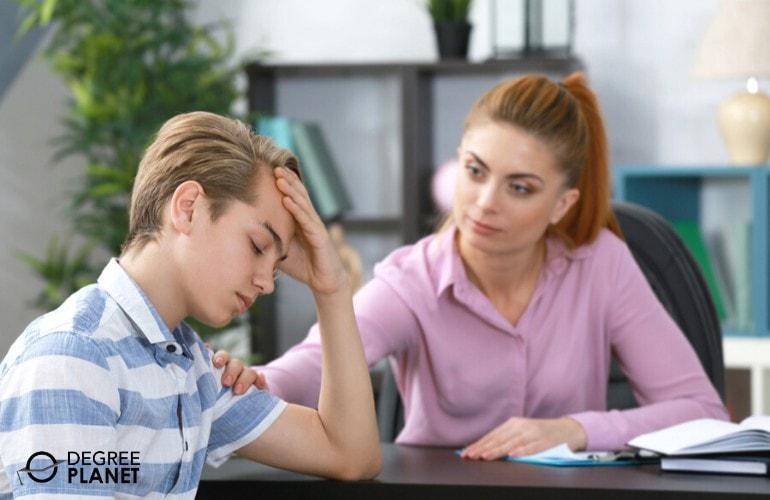 Psychiatric Technician comforting her teenage patient