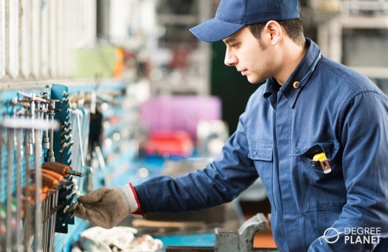 Mechanical Engineer working