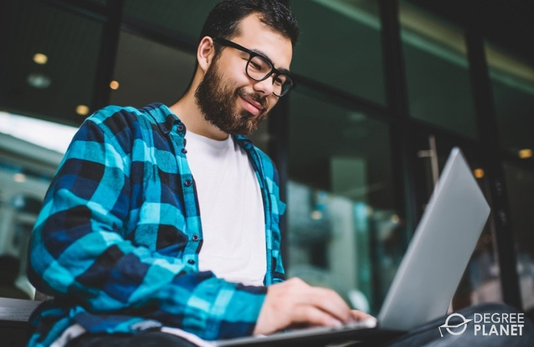 Information Technology Degree student studying online