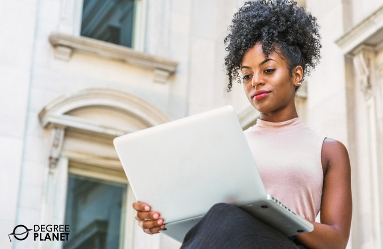 Grad School student studying online