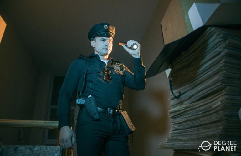 police officer investigating