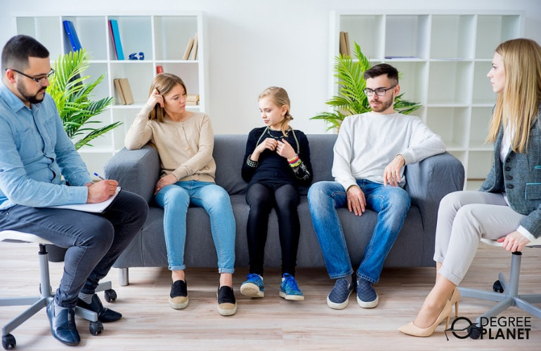 Mental Health Counselor with family