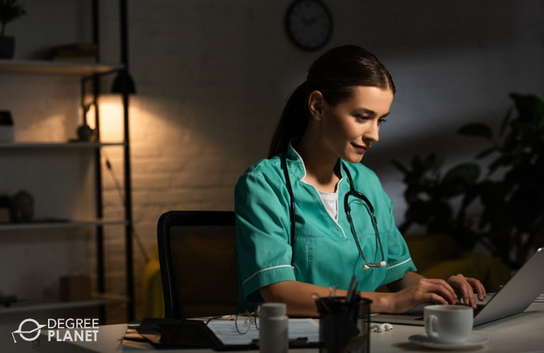Earning Your DNP Online