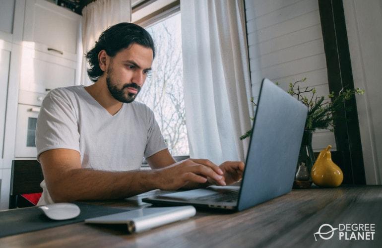 Computer Forensics Degree Online