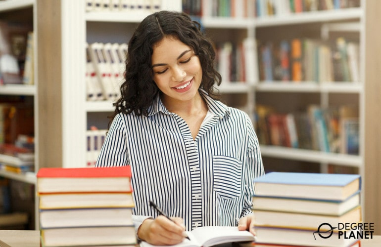 Bachelors in Marketing Degrees Admissions