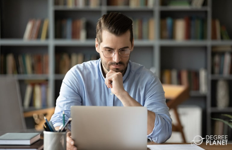 MBA and MSW Degree Online