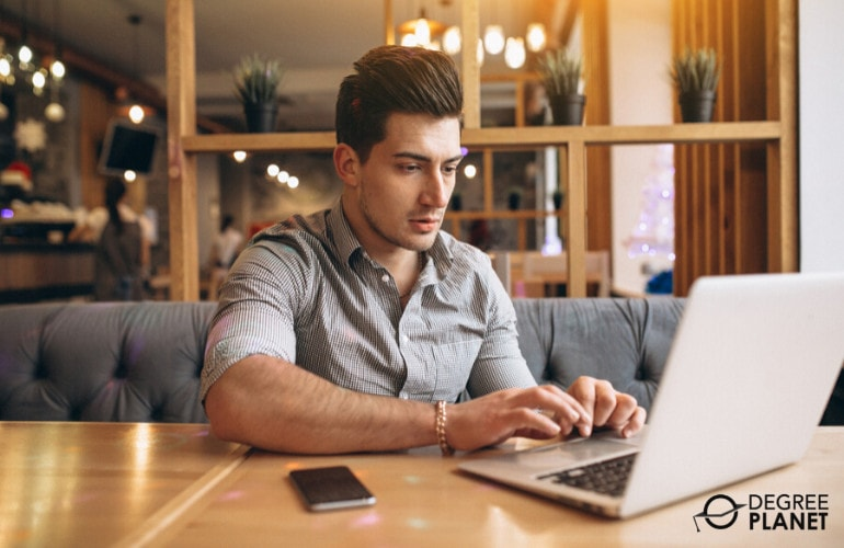 Bachelors in Social Work Online