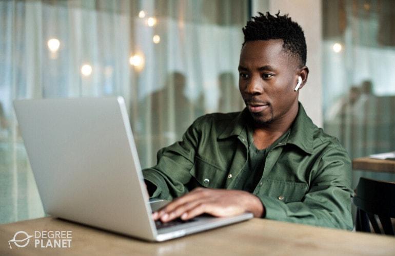 Criminal Psychology Degree Online