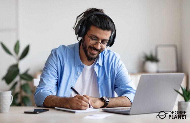 Doctoral Degree in Social Work Online