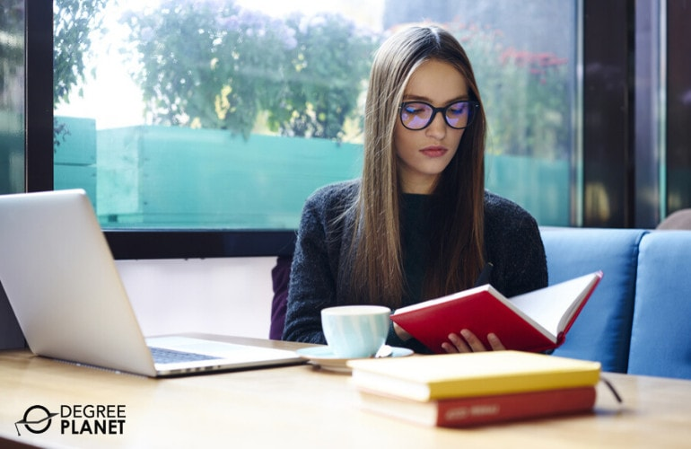 Getting Your Degree in Psychology Online