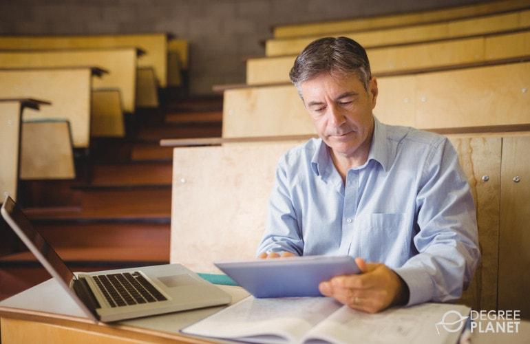 Masters in Social Work Online