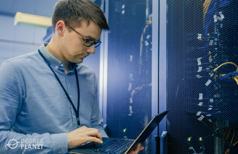 Online Masters in Information Systems Programs