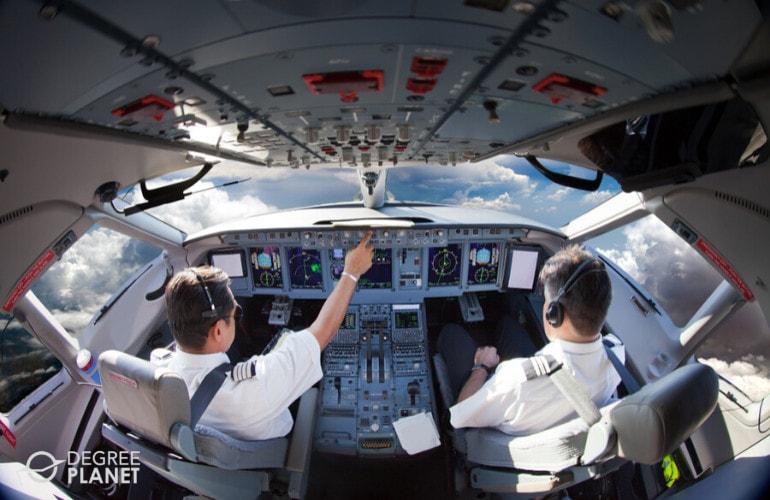 aviation degree programs careers