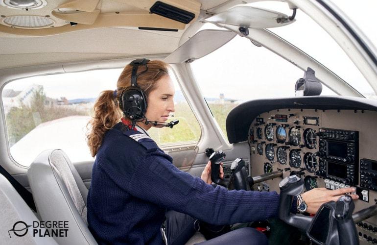 How to Choose a Pilot School